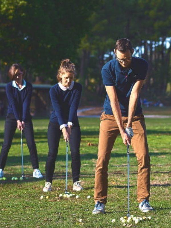 Les stages de golf pour golfeurs adultes débutants et confirmés au Golf d'Ormesson, à 15 minutes de Paris